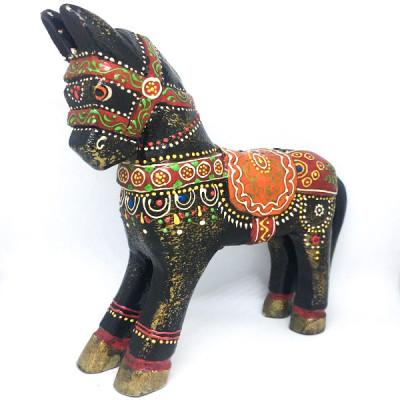 Лошадка ручной работы из дерева, Индия