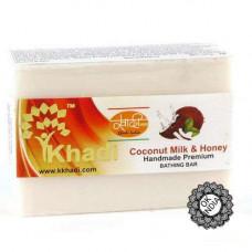 Натуральное мыло Кокосовое молоко и мед, 125 г Кхади