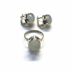 Комплект с опалом в серебре - кольцо и серьги